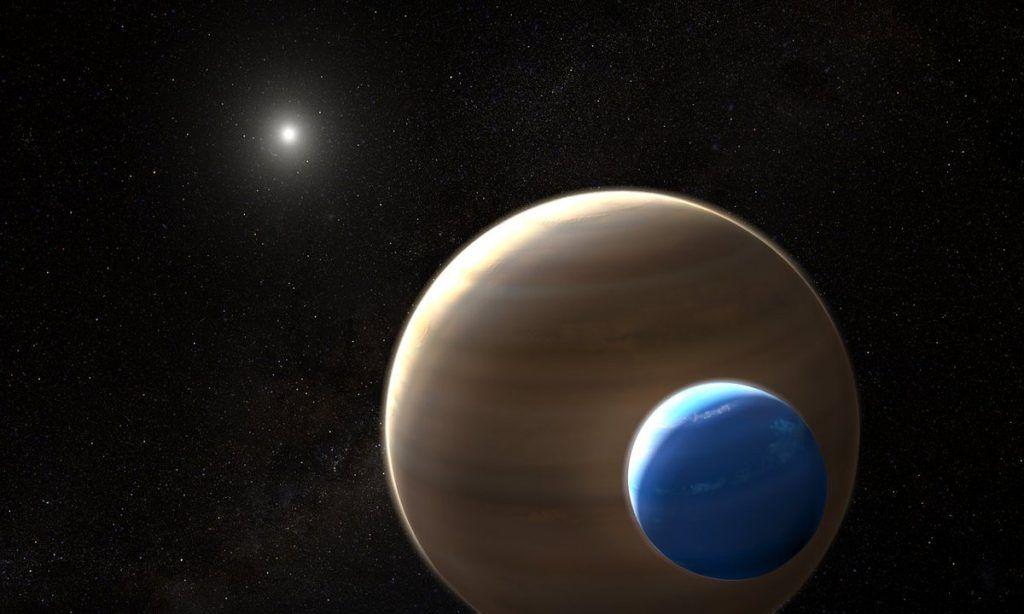 Luna orbita exoplaneta