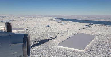 iceberg-rectangular-antartida